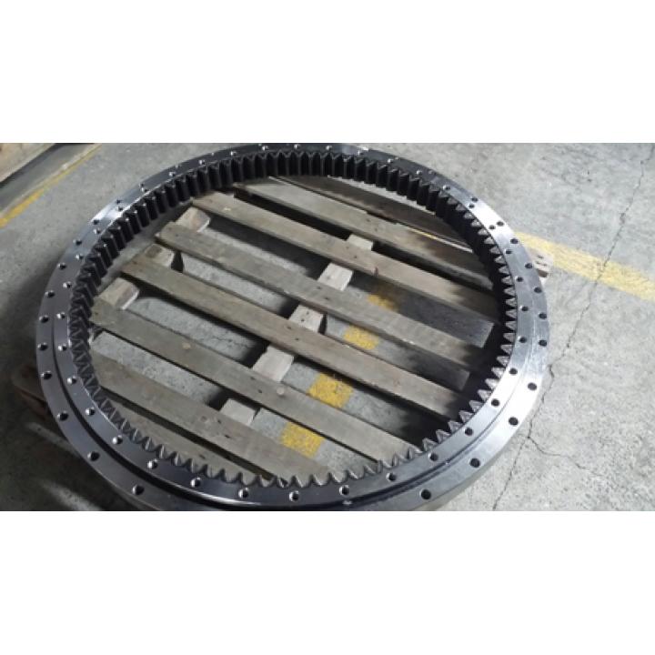 Поворотный круг JCB220 -