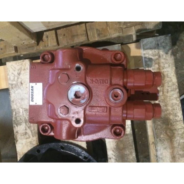Гидромотор редуктора поворота Doosan DX225 -