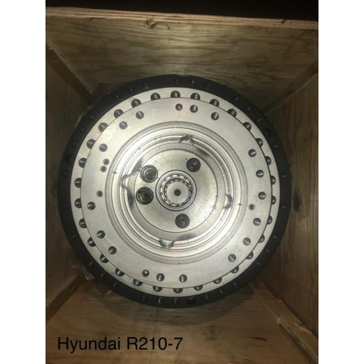 Редуктор хода Hyundai R260LC-7 без мотора -